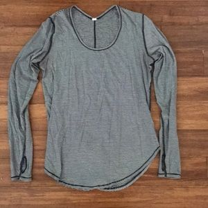 LuluLemon loose long sleeve t-shirt